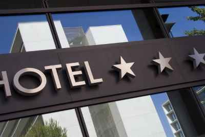 Three-star hotel near large commercial center in Barcelona